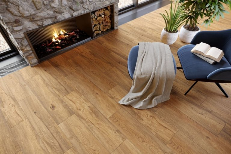 drewno w pomieszczeniu